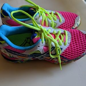 Asics duomax gel-noosa shoes size 7.5